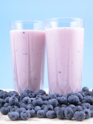 Blueberry-Banana Smoothie Helps Lower Blood Pressure